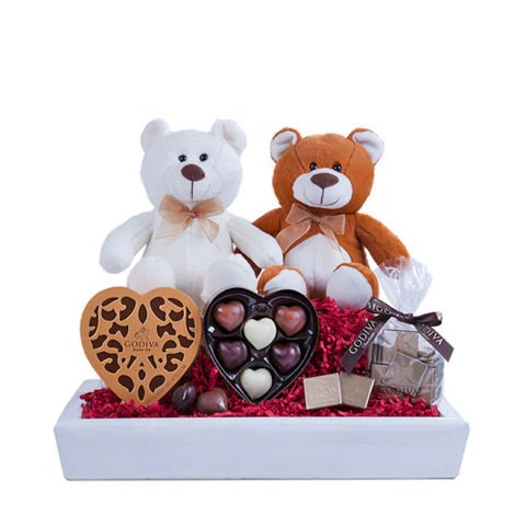 Sweet Couple: Chocolates and Teddies