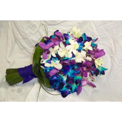 Tri colored bouquet